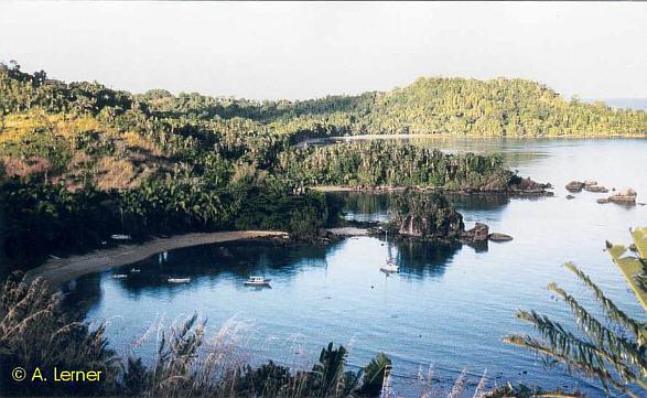 Das Hotel La Crique liegt in einer idyllischen Bucht auf der geschützten Westseite
